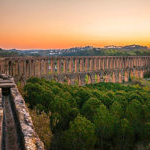 picture of aqueduct in Tomar, Portugal where SNU Tahoe 人文 will be visiting in 2020